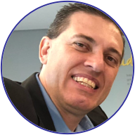 <strong>Alexandre Silva</strong><br> Atuação por 30 anos na área farmacêutica em empresas como Medley, Merrell Lepetit, Hoechst Marion Roussel, Aventis e Sanofi, liderando equipes multifuncionais e com experiência em múltiplas áreas como Marketing, Comercial e Planejamento Estratégico. Fundador da Phoenix Business Consulting.