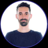 <strong>Felipe Gaspar Donatelli</strong><br>Profissional com mais de 15 anos de experiência em desenvolvimento de projetos e produtos baseados em métodos criativos. Fundador e Head de Branding & Design Criativo na Flipped, estúdio de design e soluções. Co-Fundador e Head de Branding e Experiências na Apetitude, cozinha de ocasião. Co-Fundador e Head de Marketing & Comunicação do app Futebares.